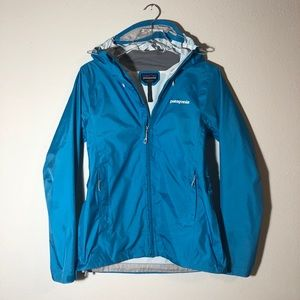 Patagonia Women's Torrentshell Jacket in Blue H2no